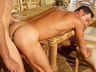 Gay Big Dick : Muscled Matt asshole Drilled!