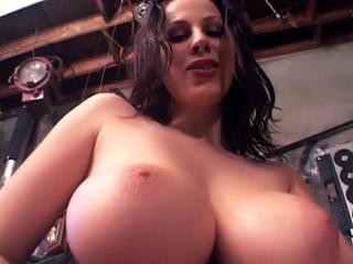 Huge Boobs : Dirty huge Breasts pron!