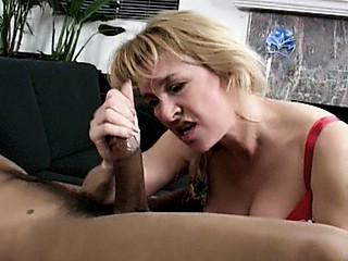 Granny Fucking : blonde Gilf Pounded!