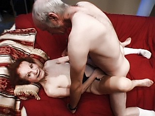 Granny Fucking : Raunchy mature Three Way!