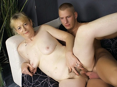 Granny Fucking : cute GILF Cum Hosed!