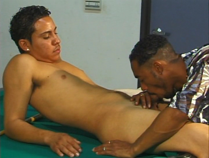 Gay Interracial Sex : Ricco interracial gay Anal!