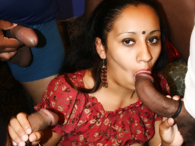 Indian Women : Ethnic Gang Bang Oral!