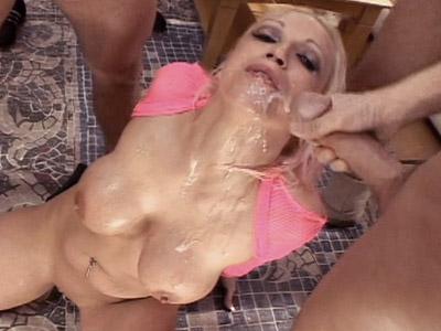 Nikki hunter gangbang porn