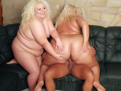 BBW Tits : dick Riding blonde Plumpers!