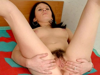 Stretched hairy taco. Lustful babe stretching her haired pussy hole. Click here for the gallery.