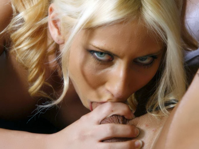 Blonde amateur carmella. Blonde amateur Carmella Diamond kneels down to give an expert suc and got her pussy have sexual intercourse to the hilt. Check it out for more preview pictures!