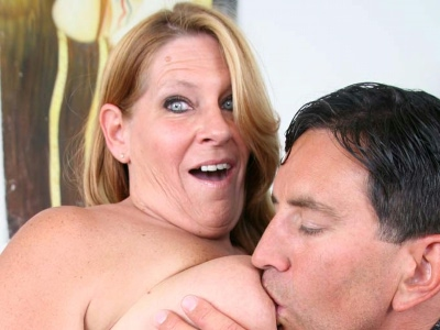 Bbw twat jamming. Big MILF Leighann hooks up with a younger stud and lets him jam her throat and vagina with dick. Click here for more photos!