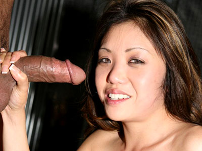 Throat fuck asian. Asian porn hottie Kaiya Lynn greedily