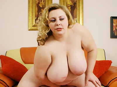 BBW Tits : Holli cock Riding plumper!