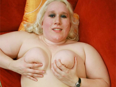BBW Tits : Blonde plumps Tina Splooged!