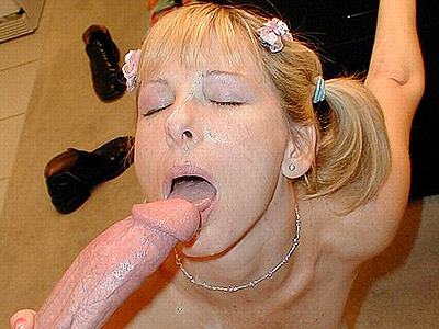 Voluminous cock humping blonde. Saucy blonde with a lovely face savors a huge man meat by cock sucking it and humping it on top. Craving for more Enter here!