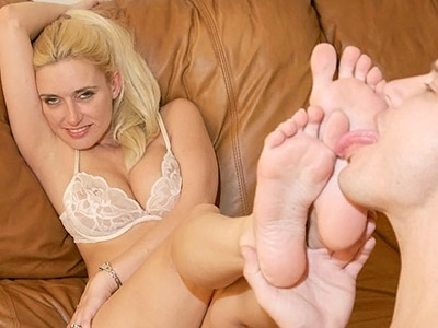 Sexy high heels have sexual intercourse.   Blonde hottie in high heels doing a little show before she gets her piggies sucked and licked. Click here for the gallery.