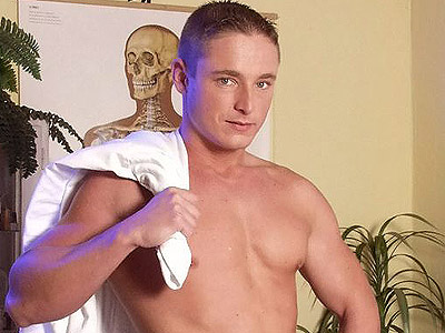 Gay Big Dick : Hunk Doctor Striptease!