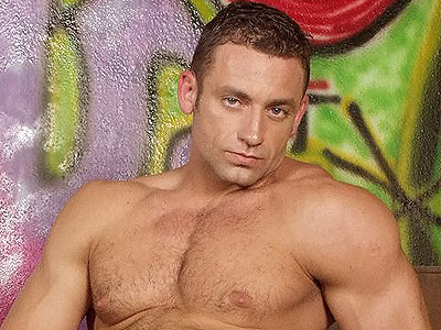 Gay Big Dick : Hot Beefcake Stroking Shaft!