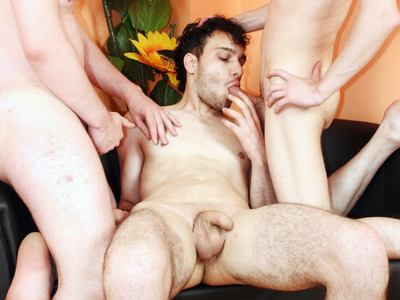 Dirty gay Brett and his friends go for simultaneous cock sucking and butt ...
