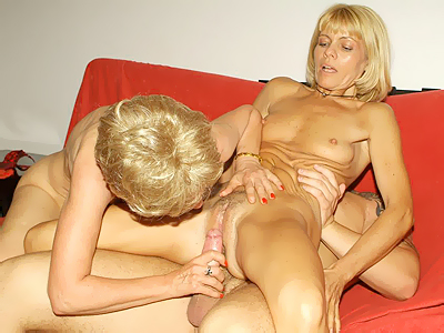 Experienced mature women Ritta and Rosalie take equal turns in riding a ...