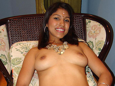 Eotic Indian Model Mehla Stretching Her Tight Pussy To The Limit