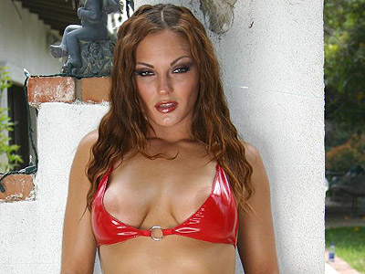 Outdoor lingerie show venus. Hot chick Venus shows off her body outdoors in a pair of hot red lingerie. Click here to view this gallery.