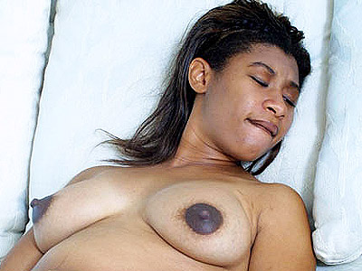 Dildo pumped preggy.   Ebony mom to be stuffing her twat with dildos. Click here to see the photos.
